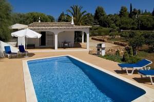 Villa Laranjal: der Pool